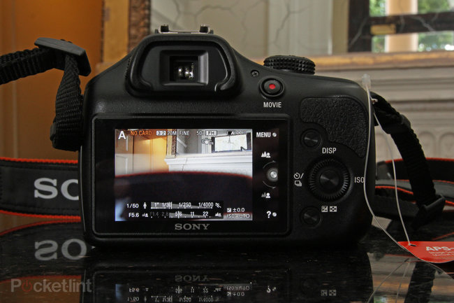 Sony A3000 hands-on: Cheap body, NEX lenses - photo 4
