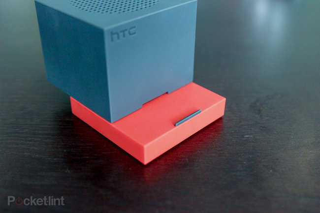 HTC BoomBass hands-on: Bringing bass to BoomSound - photo 7