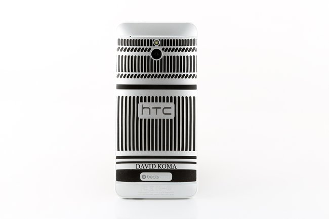 Limited Edition David Koma HTC One Mini says 'Here's To Change' - photo 3