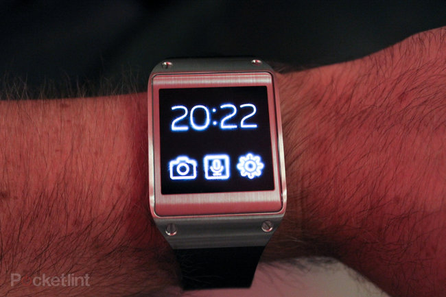 Hands-on Samsung Galaxy Gear review: Killing time with the new smartwatch - photo 2