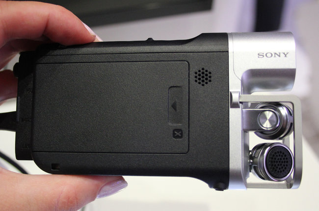 Sony caters to the budding musician: HDR-MV1 Music Video Recorder announced - photo 3