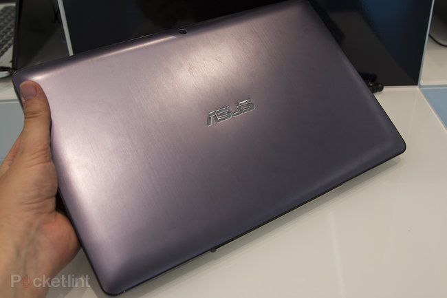 Asus Transformer Book T300 hands-on: Move over Surface, Asus wins at HD laptop-meets-tablet design - photo 2
