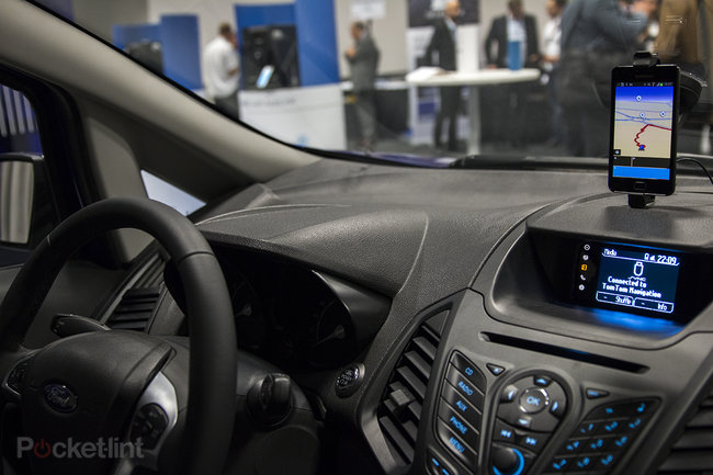 Ford Sync with AppLink 2.0 arrives, we test out the in-car voice-activated app system - photo 1