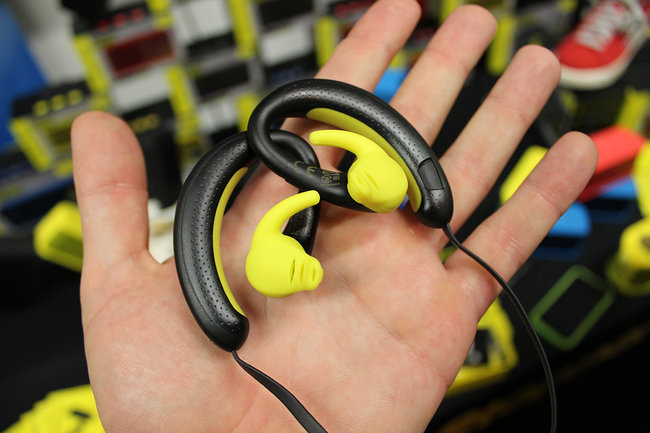 Jabra Sports Wireless+ headphones with built-in radio gets our ears and hands-on treatment - photo 3