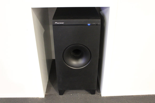 Pioneer's new SBX-N700 speaker bar and Bluetooth player gets the hands-on treatment - photo 9
