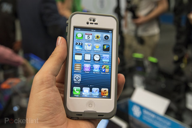 LifeProof Nuud iPhone case: glass screen remains exposed for an au naturel hands-on experience - photo 1