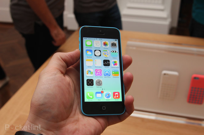 iPhone 5C pictures and hands-on - photo 32