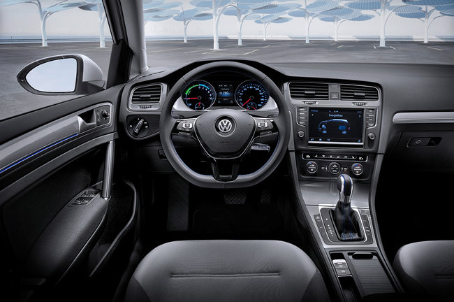 VW unveils electric e-Golf and e-up! cars with 190 km range and £2.76 / 100 km running cost - photo 3