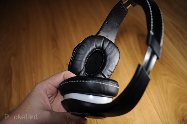 Denon AH-D340 over-ear headphones review - photo 12