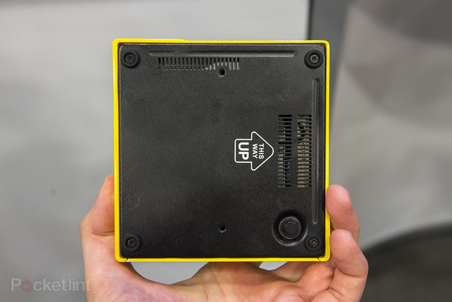 Gigabyte Brix pocket gaming PC with Intel Iris Pro graphics, looks slick in yellow - photo 6