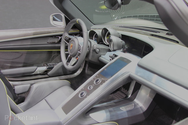 Porsche 918 Spyder pictures and hands-on - photo 13