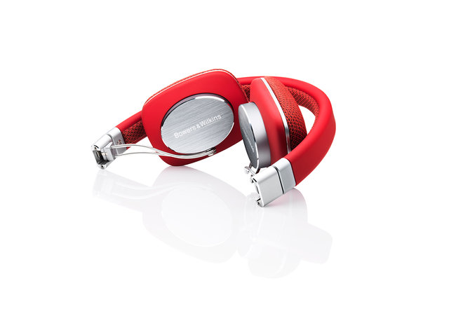 Bower & Wilkins P3 headphones get a lick of rouge in red makeover - photo 7