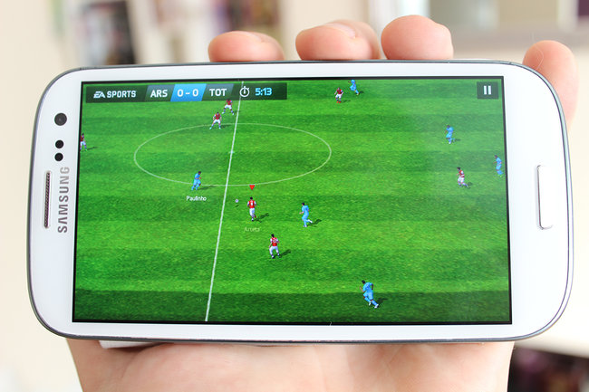 FIFA 14 for iOS and Android free to download and play now - photo 1