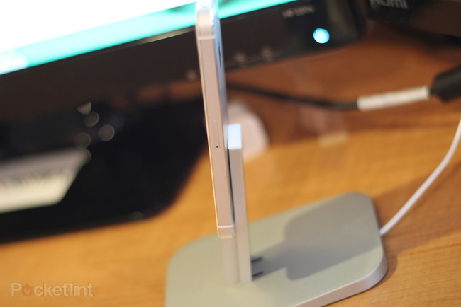 Twelve South HiRise stand for iPhone 5 & iPad mini review - photo 3