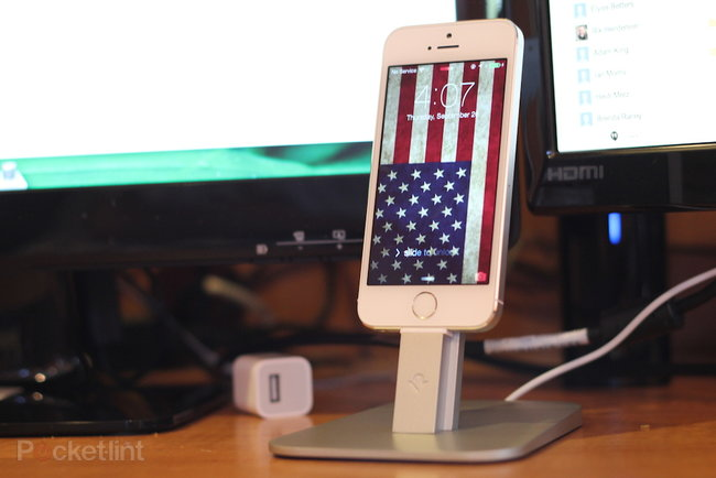 Twelve South HiRise stand for iPhone 5 & iPad mini review - photo 2