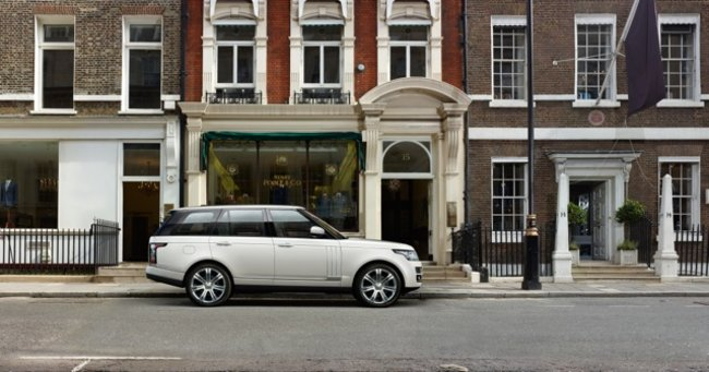 Is the Autobiography Black the coolest Range Rover yet? It's certainly the most expensive - photo 1