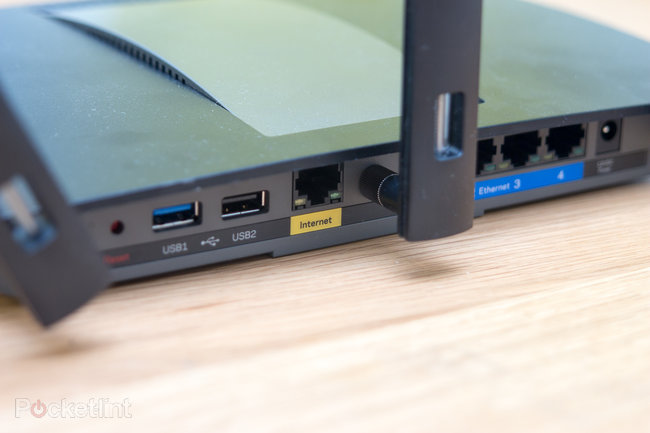 Linksys EA6900 Smart Wi-Fi Wireless AC Router AC1900 review - photo 3