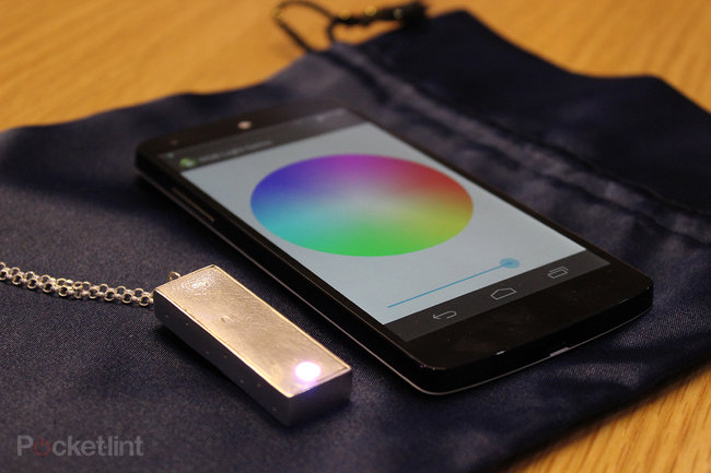 Turn your watch into a smartwatch using a Bluetooth: CSR jewellery is just the start - photo 2