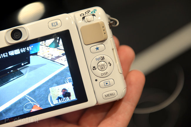 Hands-on: Canon PowerShot N100 goes whacky with front and rear cameras - photo 7