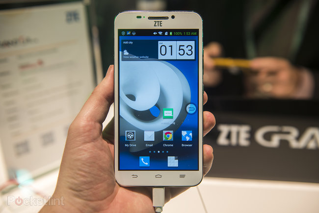 Hands-on: ZTE Grand S II is bigger, bolder and more powerful than original - photo 1