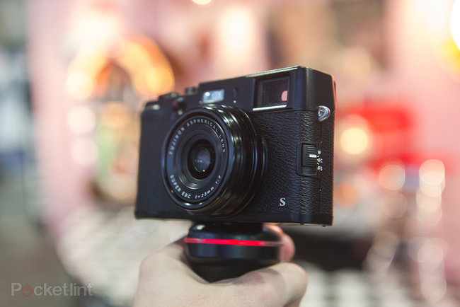 Fujifilm X100S Black pictures and hands-on - photo 1