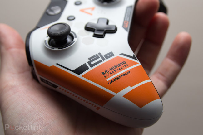 Xbox One Titanfall controller pictures and hands-on - photo 7