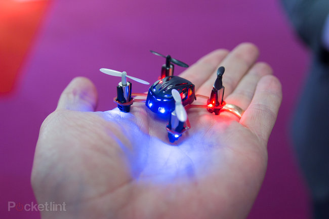 World's tiniest quadcopter, the Nano Quadcopter, takes to the skies (video) - photo 1