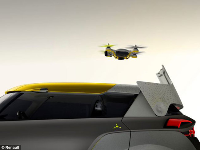 Renault Kwid concept car comes with its own traffic scouting quadcopter - photo 1