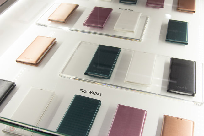 Samsung Galaxy S5 accessories: First look at S Charger Pad, S View Cover, more - photo 10