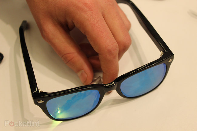 WeOn Glasses bring smart LED notifications and one-touch controls to your specs - photo 8