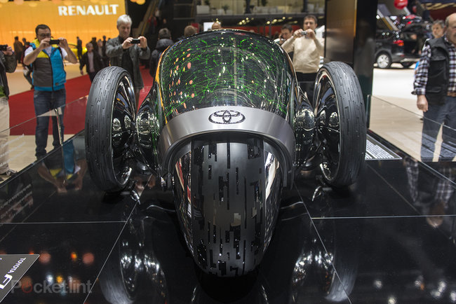 Toyota FV2 pictures and eyes-on: Tron-like concept 'car' that you won't be driving in the future - photo 1