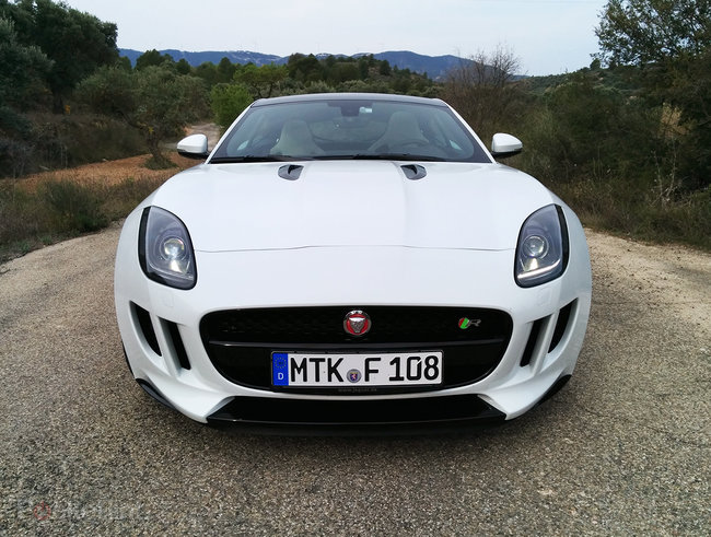 Hands-on: Jaguar F-Type Coupe review - photo 1