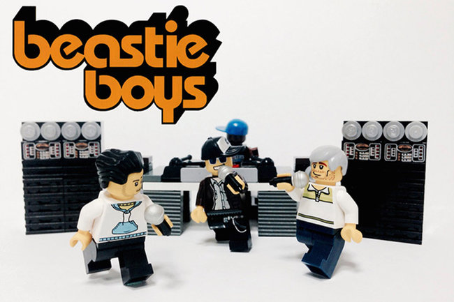 Lego rocks out with great musicians given the minifig makeover - photo 2