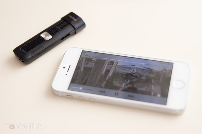 SanDisk Connect Wireless Flash Drive review - photo 2