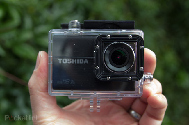 Toshiba Camileo X-Sports action camera review - photo 2