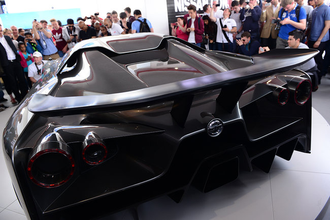 Nissan Concept 2020 Vision GT is a Gran Turismo 6 supercar in the flesh - photo 3
