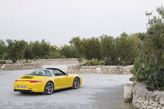 Porsche 911 Targa 4 review: A modernised blast from the past - photo 17
