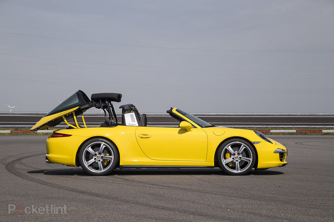 Porsche 911 Targa 4 review: A modernised blast from the past - photo 8