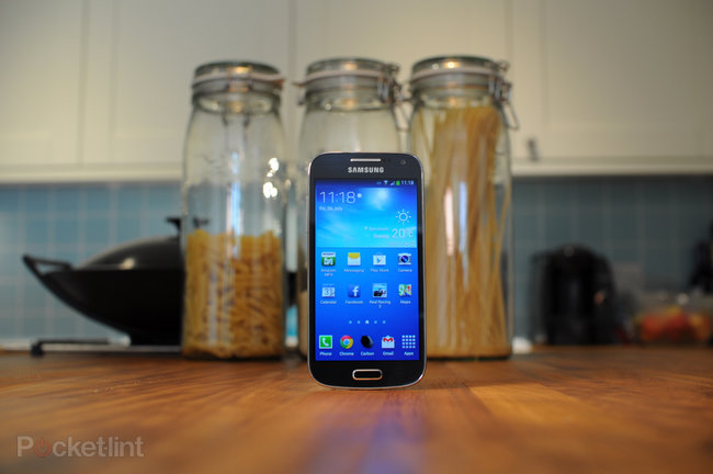 Samsung Galaxy S4 Mini review - photo 2