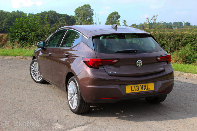 Vauxhall Astra (2016) first drive: The Brit underdog - photo 3
