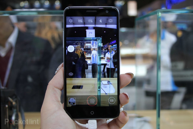 ZTE Blade V7: All about that metal, that metal, no plastic - photo 12
