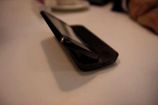 Nokia N97 mobile phone - First Look - photo 2