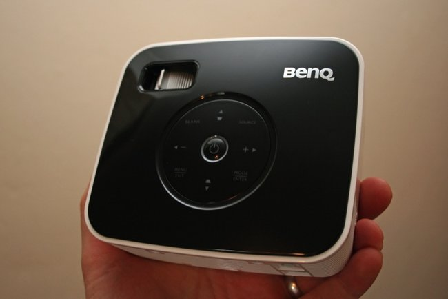 BenQ Joybee GP1 projector - photo 2