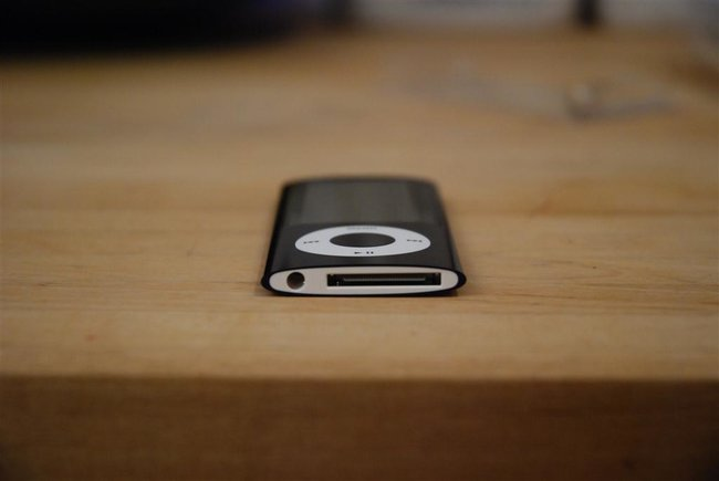 Apple iPod nano (5th Gen) - photo 2