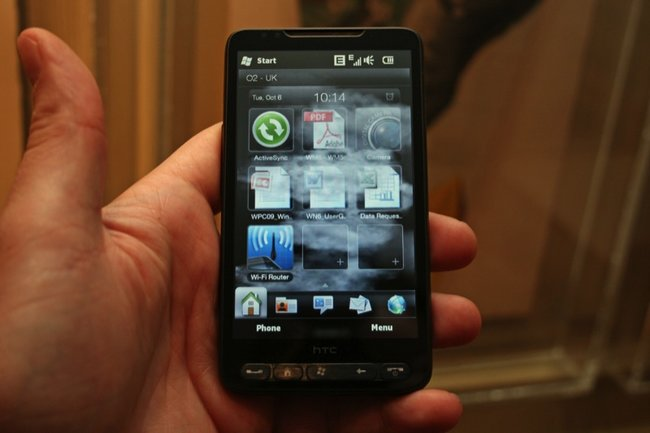 HTC HD2 - First Look   - photo 1