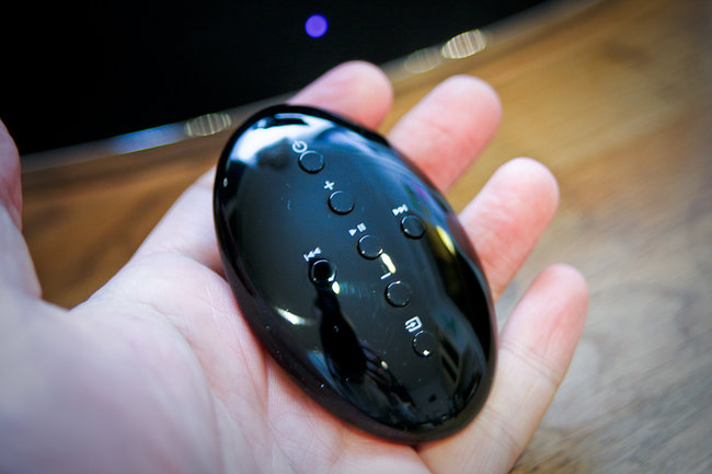 Bowers & Wilkins Zeppelin Mini iPod speaker - photo 2