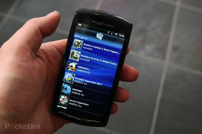 Sony Ericsson Xperia Play   - photo 21