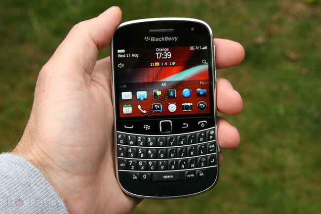 BlackBerry Bold 9900 - photo 8