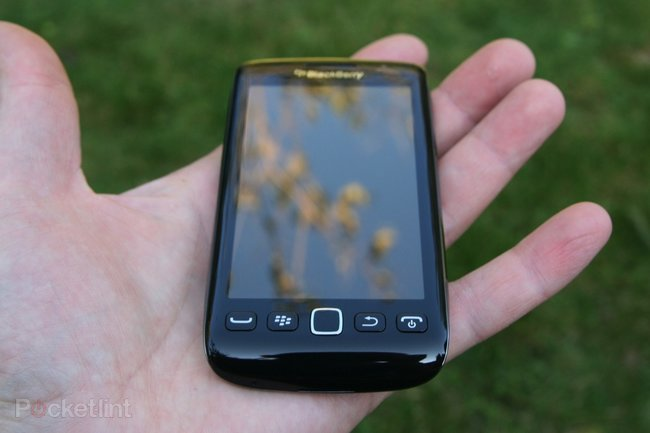 BlackBerry Torch 9860   - photo 3