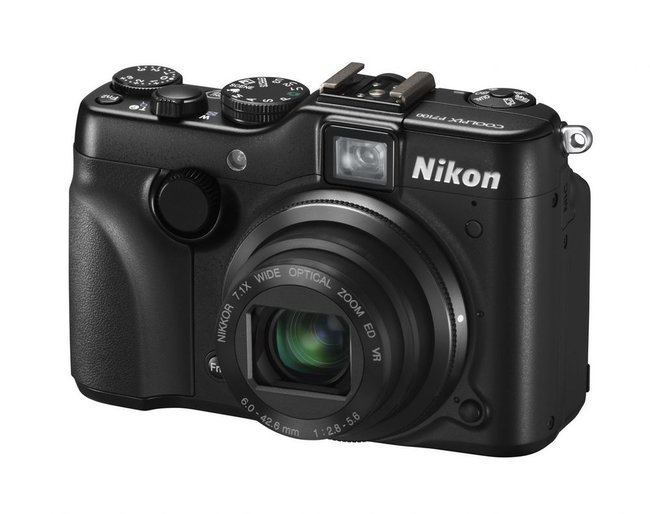 Nikon Coolpix P7100  - photo 2